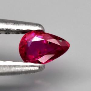 0.23кт 4.5×3мм Естествен Нетретиран Рубин с Богат Червен Цвят, Мозамбик